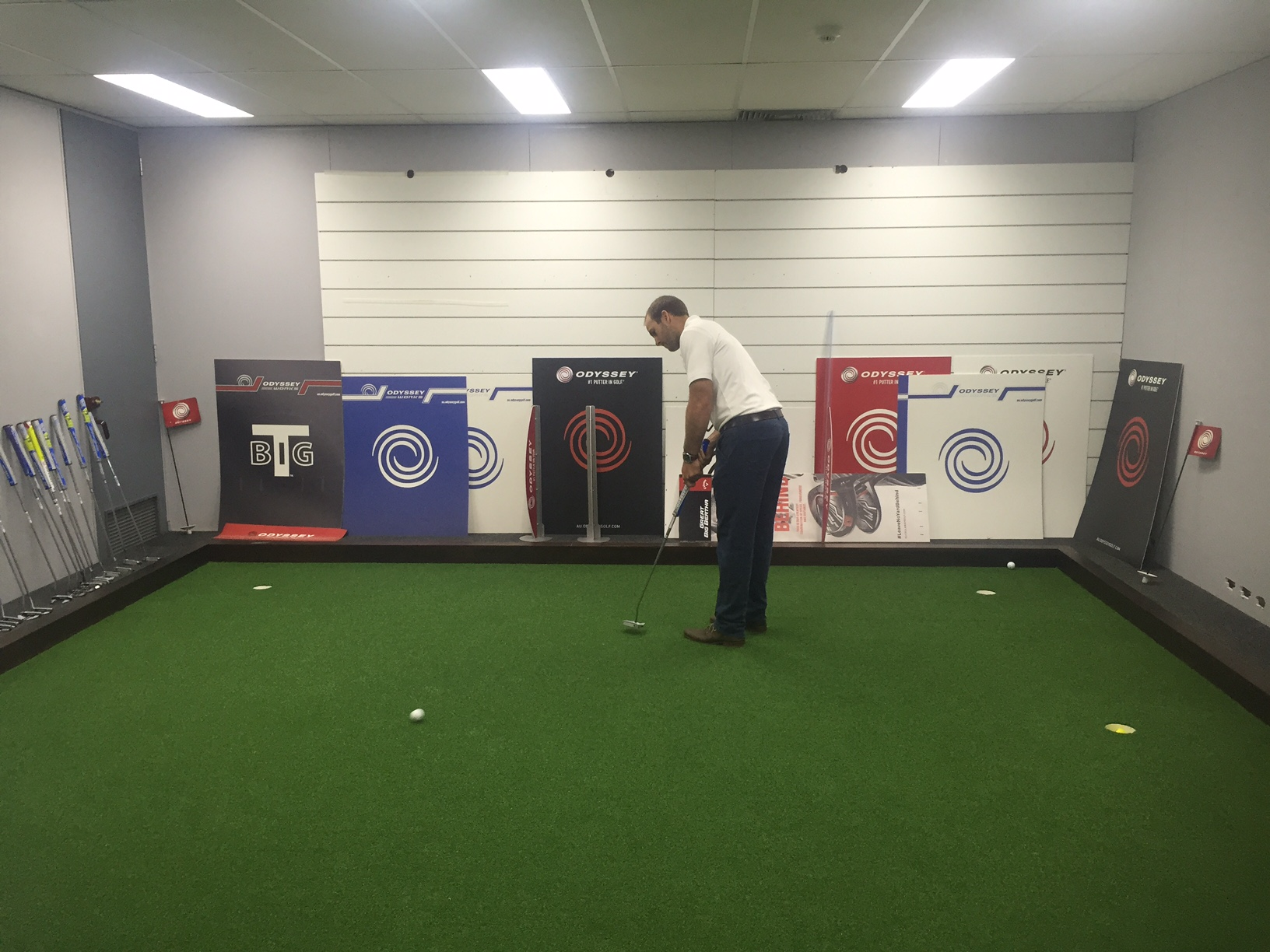 Indoor putting green by Supreme Greens| Melbourne