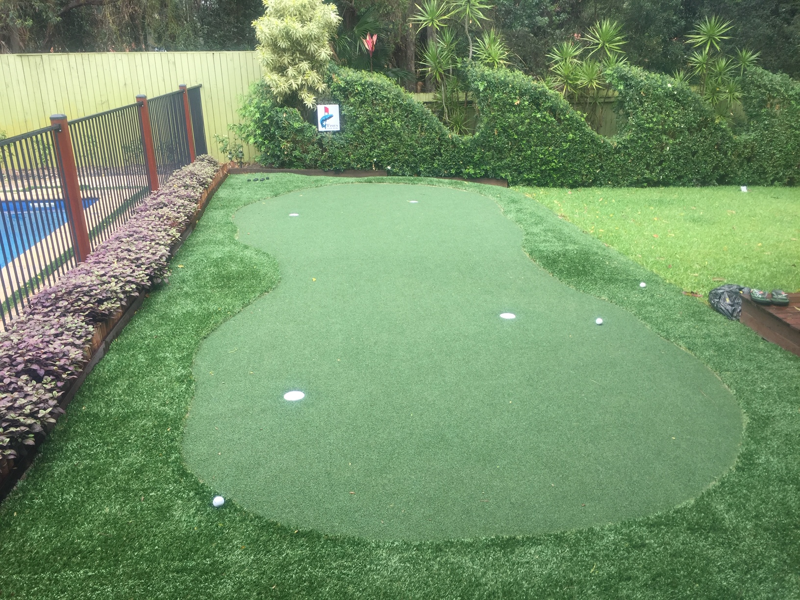 [Case Study] DIY Synthetic Golf Green